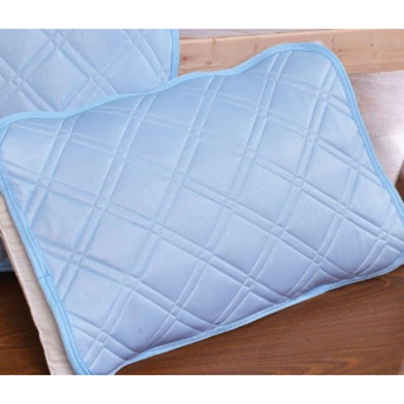 KATO冰感枕頭保護墊