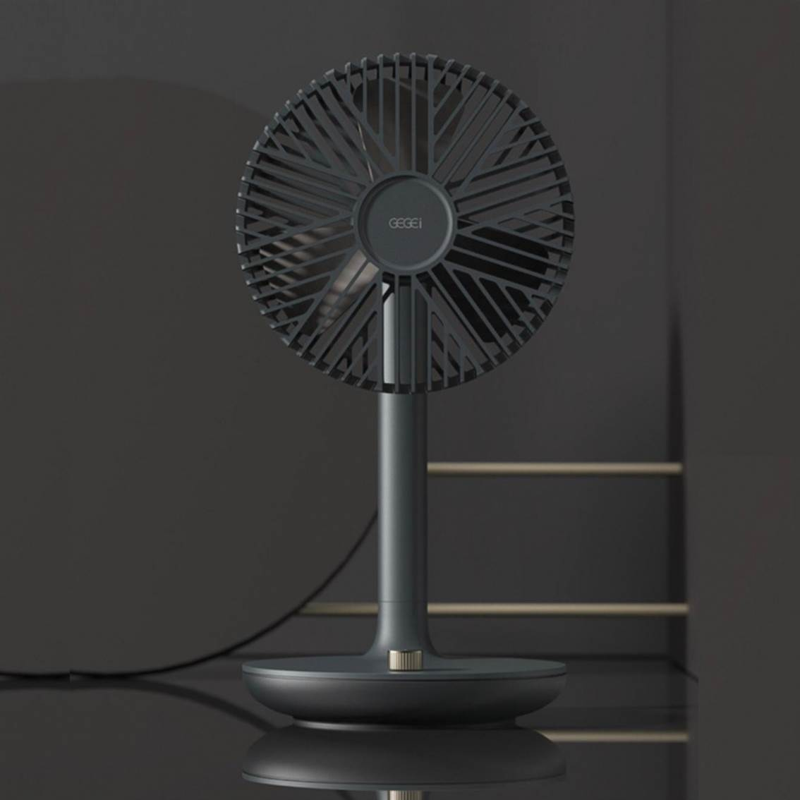 GEGEIF9 桌上型電扇 黑
